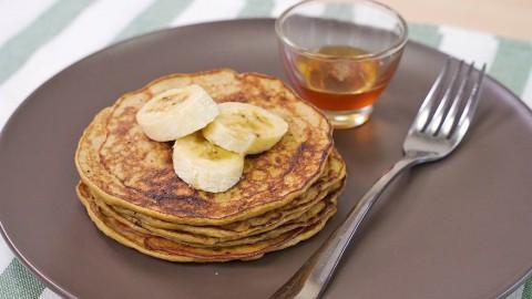 無需使用麵粉、班戟粉!3種材料超簡單健康早餐 香蕉班戟食譜